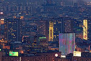 Москва — ночной вид на арбатские высотки (victorprofessor.livejournal.com)