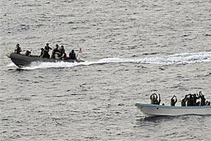 Сомлийские пираты угрожают безопасности судоходства