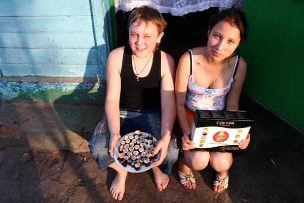 Для приготовления суши подойдёт пара-тройка детей средней упитанности