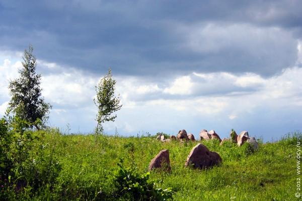 Камни на Андреевском колодце, Колпнянский район Орловской области.