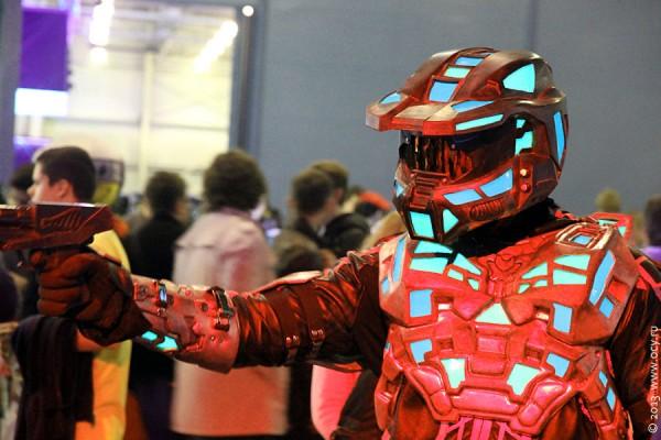 Красный охранник с Игромира 2013.