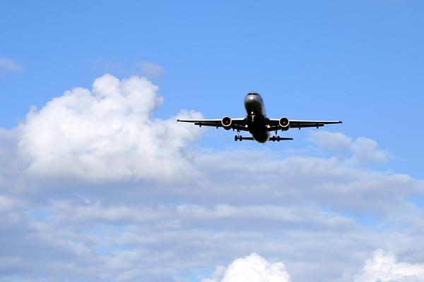 Самолеты садятся в SVO, Москва