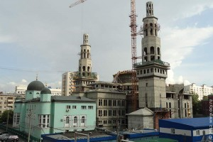 Строительство новой соборной мечети в Москве на проспекте Мира. 2012 год.